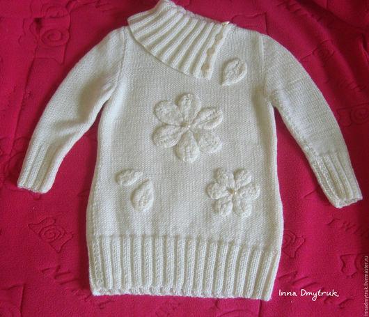 """Одежда для девочек, ручной работы. Ярмарка Мастеров - ручная работа. Купить Свитер - туника """"Белые цветы"""". Handmade. Белый"""