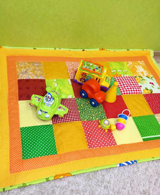 Пледы и одеяла ручной работы. Ярмарка Мастеров - ручная работа. Купить Яркое коврик- одеяльце для малыша. Handmade. Печворк