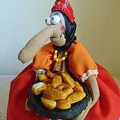 Куклы и игрушки ручной работы. Ярмарка Мастеров - ручная работа Бабка Ёжка на чайник. Handmade.
