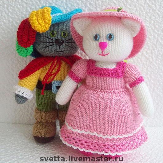 """Игрушки животные, ручной работы. Ярмарка Мастеров - ручная работа. Купить """"Кот в сапогах и его Кошечка"""" вязаная игрушка. Handmade."""