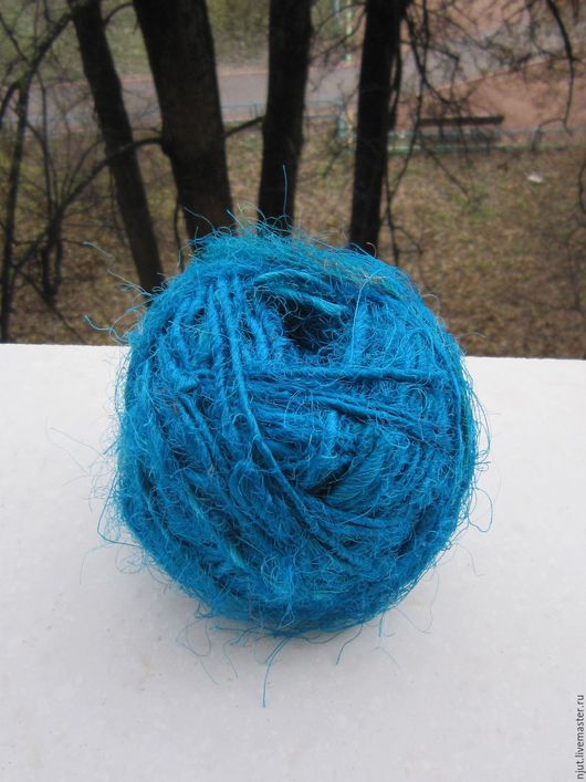 Шелковая пряжа САРИ, цвет ярко-голубой