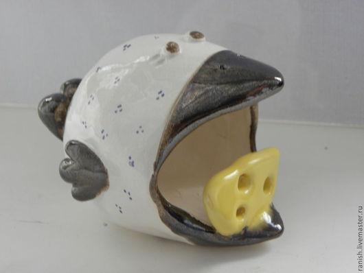 За сыр можно класть флешку или любые мелкие предметы