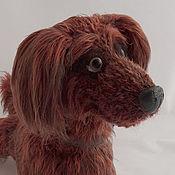 Подарки к праздникам ручной работы. Ярмарка Мастеров - ручная работа Собака породы длинношерстная такса вязаная игрушка. Handmade.