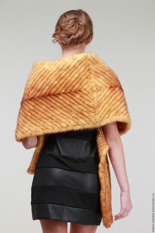 Палантин из вязаной норки `Елочка` цвет золото