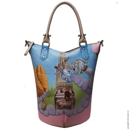 Уникальный рисунок художника и качественная кожа для производства были использованы при создании сумки.