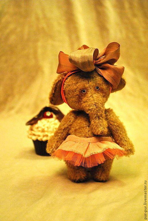 Мишки Тедди ручной работы. Ярмарка Мастеров - ручная работа. Купить Слоняшка Няшка - Кремовая Пироженка. Handmade. Коричневый, слоны