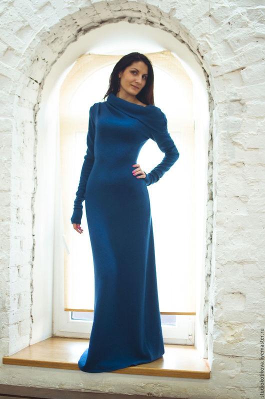 Платья ручной работы. Ярмарка Мастеров - ручная работа. Купить Теплое длинное платье из мягкой шерсти. Handmade. Тёмно-синий