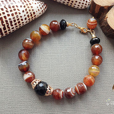 Decorations handmade. Livemaster - original item --30% Beautiful warm autumn agate bracelet. Handmade.