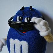 """Куклы и игрушки ручной работы. Ярмарка Мастеров - ручная работа M&M`s """"Синий"""". Handmade."""
