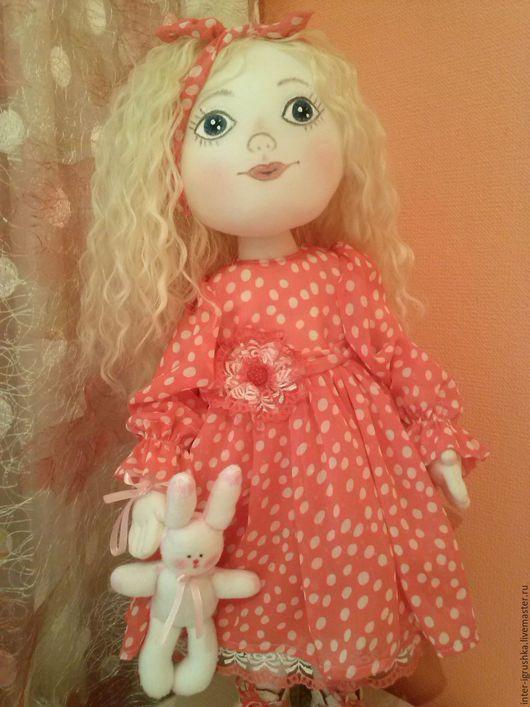 Коллекционные куклы ручной работы. Ярмарка Мастеров - ручная работа. Купить Кукла текстильная Леся. Handmade. Коралловый, подарок девушке