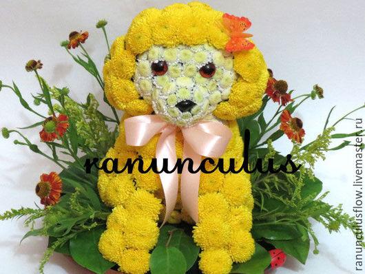 Букеты ручной работы. Ярмарка Мастеров - ручная работа. Купить Собачка из цветов. Handmade. Желтый, игрушки из цветов, собачка игрушка