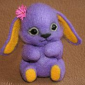 Куклы и игрушки ручной работы. Ярмарка Мастеров - ручная работа Заинька Фиолетта (фетровая игрушка). Handmade.