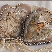 Подарки к праздникам ручной работы. Ярмарка Мастеров - ручная работа Сердечки с ангелочками на елку. Handmade.