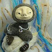 """Куклы и игрушки ручной работы. Ярмарка Мастеров - ручная работа Войлочная игрушка """"Слушающий"""". Handmade."""