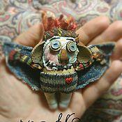 Куклы и игрушки ручной работы. Ярмарка Мастеров - ручная работа А вместо сердца, пламенный мотор ;) текстильный монстр. Handmade.