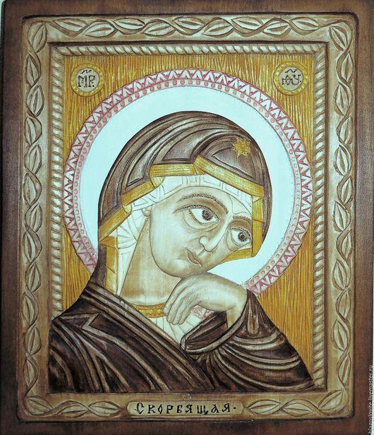 Резной образ Божией Матери `Скорбящая` работы Александра Васильевича Васильцова