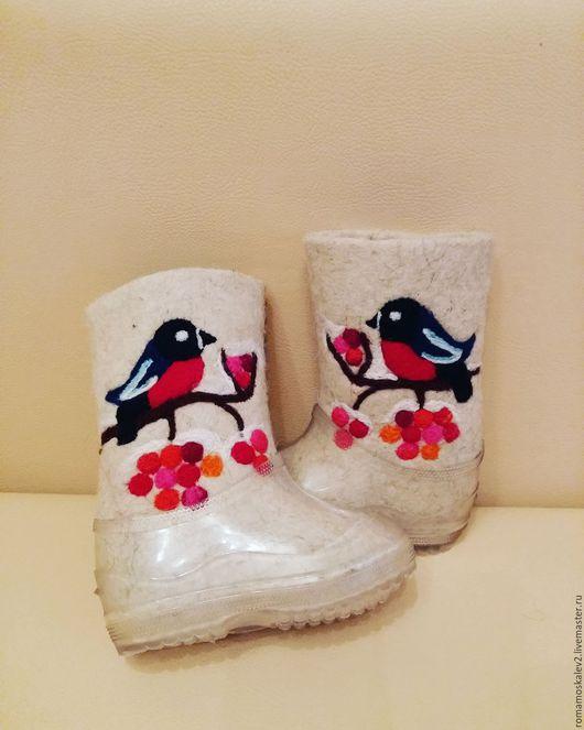 """Детская обувь ручной работы. Ярмарка Мастеров - ручная работа. Купить Детские белые валенки """"Снегири на ветке"""". Handmade. Белый"""