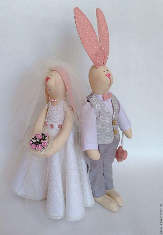 """Куклы Тильды ручной работы. Ярмарка Мастеров - ручная работа. Купить Свадебные Зайцы """"Молодожены"""" (интерьерная игрушка в стиле Тильда). Handmade."""
