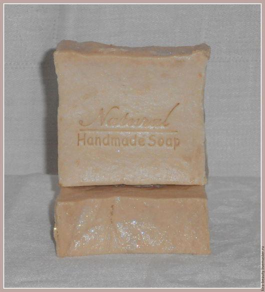 Цена указана за 100 грамм. Вес 1 кусочка примерно 110-120 грамм. Внимание! У мыла в процессе созревания средняя часть слегка втянулась вглубь (см.фото).
