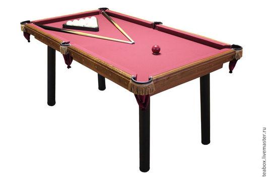 Бильярдный стол может быть дополнительно укомплектован крышкой-столешницей. Тем самым он превращается в обеденный стол. Кроме того, изготавливаем крышки для настольного тенниса. Подробнее о крышках -