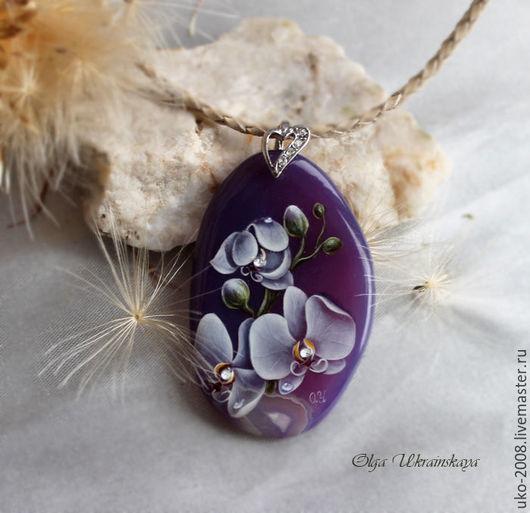 Кулоны, подвески ручной работы. Ярмарка Мастеров - ручная работа. Купить Кулоны с орхидеями (роспись на камне). Handmade. Тёмно-фиолетовый