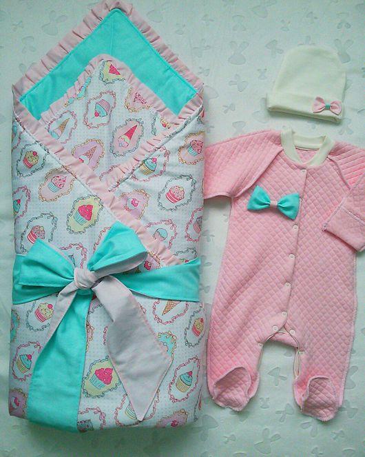 одеяло на выписку. комплект на выписку. одеяло-конверт. для девочки. пироженное. в наличии. готовая работа. на заказ. ручная работа.