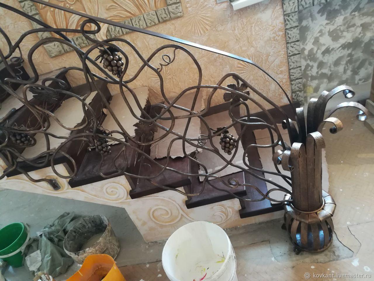 Перила ,виноградная лоза:, Перила, Нижний Тагил,  Фото №1