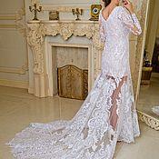 Свадебный салон ручной работы. Ярмарка Мастеров - ручная работа Свадебное платье со шлейфом белого (айвери)  цвета Victoria. Handmade.