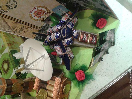 """Персональные подарки ручной работы. Ярмарка Мастеров - ручная работа. Купить Композиция из конфет """"Подарок военному"""". Handmade. Разноцветный, техника"""