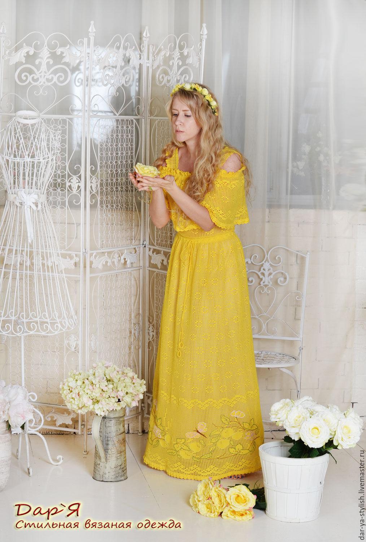 Платье с вышивкой крючком