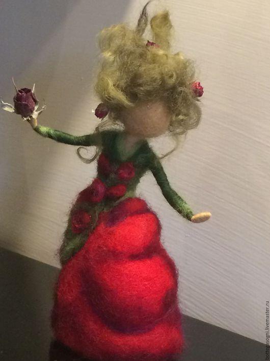 """Коллекционные куклы ручной работы. Ярмарка Мастеров - ручная работа. Купить Валяние Фея """"Красная роза"""". Handmade. Ярко-красный"""