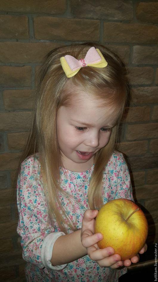 Детская бижутерия ручной работы. Ярмарка Мастеров - ручная работа. Купить Заколка для волос. Handmade. Комбинированный, заколка для волос