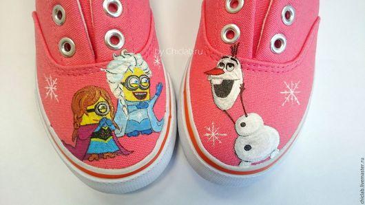 Детская обувь ручной работы. Ярмарка Мастеров - ручная работа. Купить Миньоны Холодное сердце Анна, Эльза и Олаф детские кеды с росписью. Handmade.