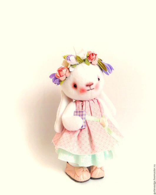 Игрушки животные, ручной работы. Ярмарка Мастеров - ручная работа. Купить Весенняя зая. Handmade. Коллекционная кукла, маленький зайчик