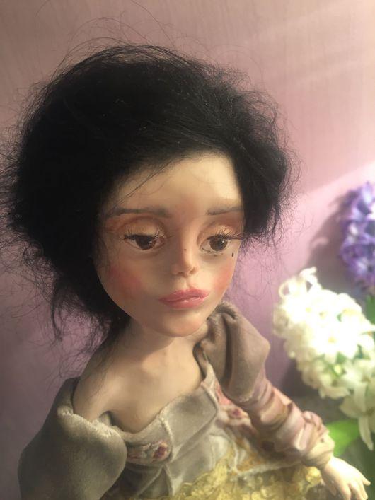 """Куклы и игрушки ручной работы. Ярмарка Мастеров - ручная работа. Купить Кукла на комоде статичная """"Женские секреты"""". Handmade. вышивка"""