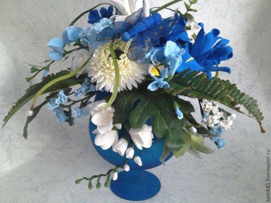 Интерьерные композиции ручной работы. Ярмарка Мастеров - ручная работа. Купить Цветы в вазе-бокал. Handmade. Синий, ирисы, фрезия