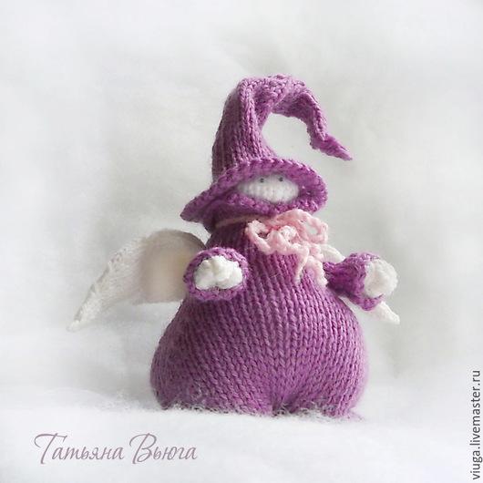 Игрушка Ангел, авторская, дизайнерская, вязаная спицами, мягкая игрушка интерьерная, игрушка для настроения, в подарок дочери, подарок на Новый год, подарок на день рождения, интерьер детской комнаты