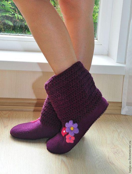 Обувь ручной работы. Ярмарка Мастеров - ручная работа. Купить Войлочные сапожки для дома. Handmade. Тапочки, тапочки из войлока