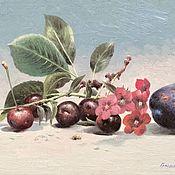 Картины ручной работы. Ярмарка Мастеров - ручная работа Натюрморт со сливой и вишнями. Handmade.