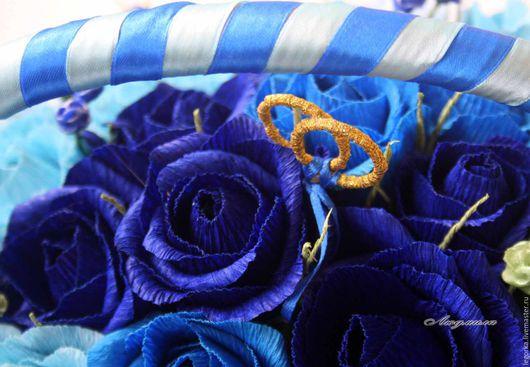 Букеты ручной работы. Ярмарка Мастеров - ручная работа. Купить Корзинка с цветами в синем. Handmade. Синий, сладкий букет