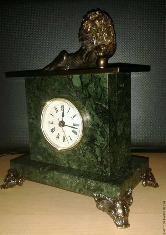 Часы для дома ручной работы. Ярмарка Мастеров - ручная работа. Купить Часы из мрамора со львом из бронзы. Handmade.