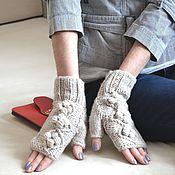 Аксессуары ручной работы. Ярмарка Мастеров - ручная работа Вязаные митенки женские, перчатки без пальцев-Шишечки. Handmade.