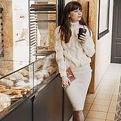 Одежда ручной работы. Ярмарка Мастеров - ручная работа Костюм вязаный юбка и свитер ручной работы. Handmade.