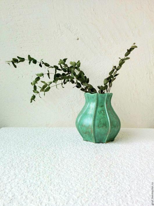 """Вазы ручной работы. Ярмарка Мастеров - ручная работа. Купить """"Уголки"""". Ваза. Керамика.. Handmade. Мятный, светло-зеленый, ceramics"""