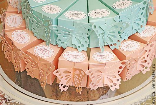 """Свадебные аксессуары ручной работы. Ярмарка Мастеров - ручная работа. Купить """"Тортик с бабочкой""""  бонбоньерка. Handmade. Разноцветный, мелованная бумага"""