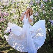 Платья ручной работы. Ярмарка Мастеров - ручная работа Кружевное платье, в макси длине , на запахе. Handmade.