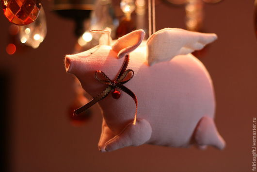 Куклы Тильды ручной работы. Ярмарка Мастеров - ручная работа. Купить Рождественская свинка тильда. Handmade. Бледно-розовый, поросенок