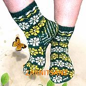 """Аксессуары ручной работы. Ярмарка Мастеров - ручная работа Носки женские """"Полевые цветы"""" в подарок на 8 марта. Handmade."""