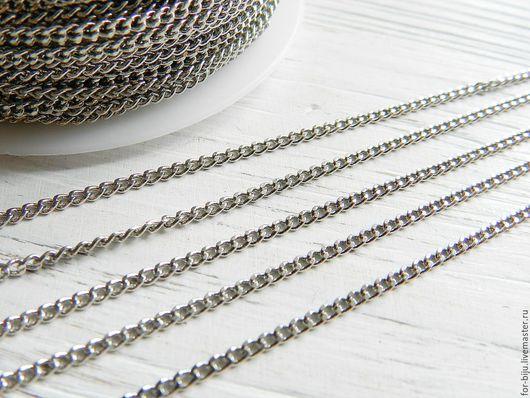 Цепочка тонкая, размер звена 2*3 мм , цвет платина (темное серебро), толщина проволоки 0,6 мм . Звенья замкнутые! Материал - латунь. (арт. 2179)