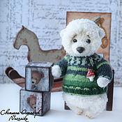 Куклы и игрушки ручной работы. Ярмарка Мастеров - ручная работа Умка, вязаный мишка в кофте. Handmade.
